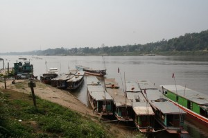 Slow Boats auf dem Mekong
